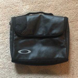 Oakley Hanging shower bag